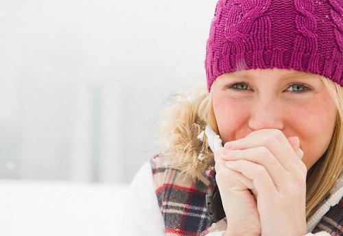 Nỗi ám ảnh của mùa đông: Tay chân lạnh